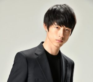 ドラマ シグナルの坂口健太郎の髪型のポイントとは?